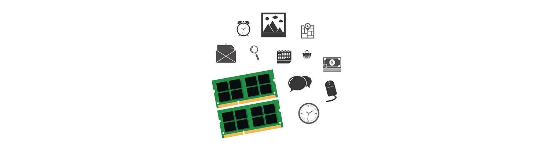 Pièces d'ordinateur et icônes de réseaux sociaux
