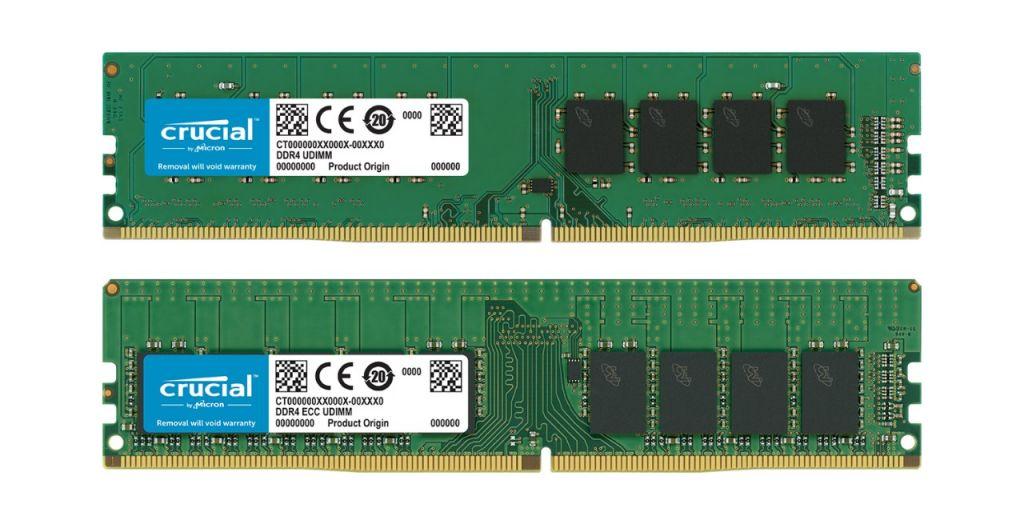 Un module de RAM Crucial non-ECC et un module de RAM Crucial ECC