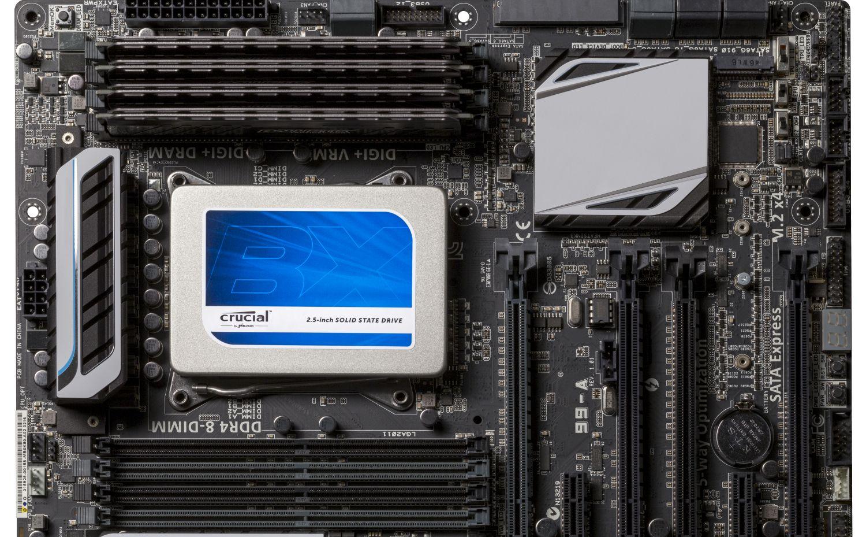 SSD (Solid State Drive) Crucial installé dans un ordinateur