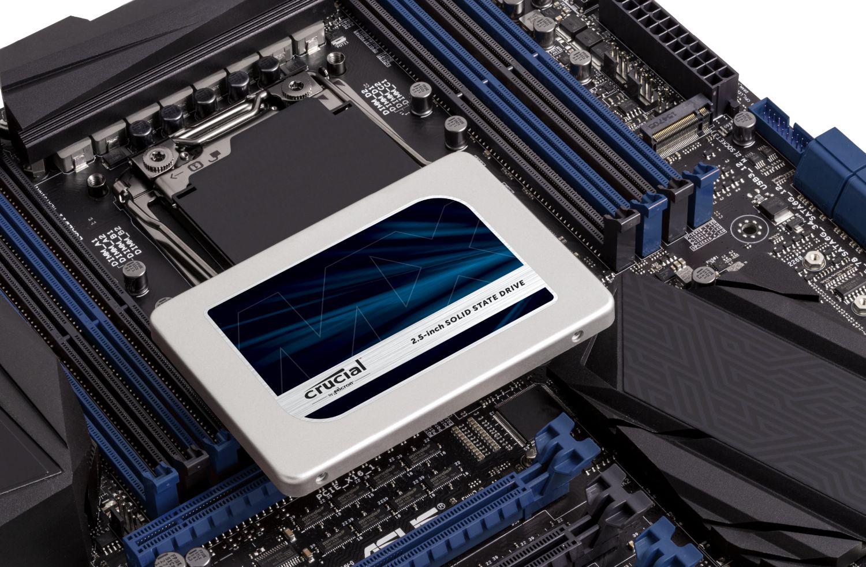SSD Crucial et carte mère